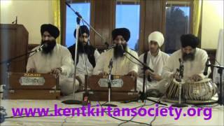 Aukhi Ghari - Bhai Ravinder Singh (Hazoori Ragi Sri Darbar Sahib)