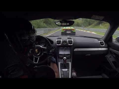 Porsche GT4 & Lamborghini Huracan Performante Nordschleife .