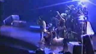 Madonna Don't tell me (Drowned World Tour Barcelona 9-6-2001)