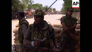 SRI LANKA: JAFFNA: TAMIL REFUGEES WHO FLED CIVIL WAR RETURN HOME