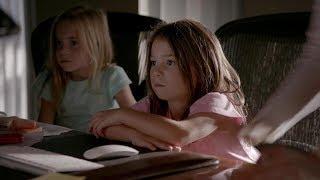 The Vampire Diaries: 8x01 - Josie and Lizzie visit Caroline at work [HD]