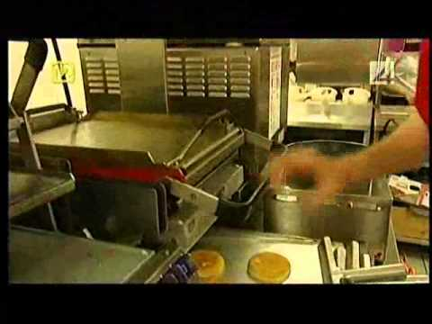 watch Jak wygląda praca w MC'donalds 1