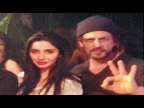 Xxx Mp4 This Photo Of Mahira Khan Shah Rukh Khan Is Going Viral But Here's The Catch 3gp Sex