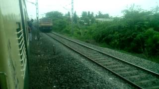 16127 MS - GUV Express xings a EMU with ED WAP-4 in lead