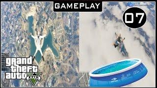 GTA V (PC) : Saltando da Estratosfera e Caindo dentro da Piscina #07