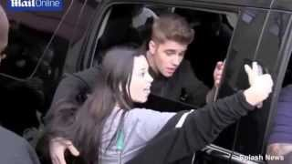 Justin Bieber kisses fans in New York - May 2014