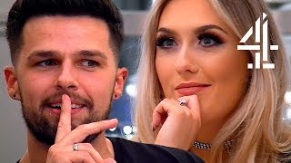 Showing Your Blind Date Your Alien Scar 👽 | First Dates
