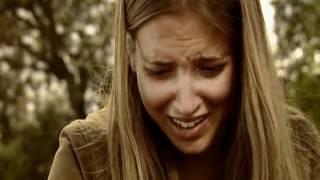 Con un beso, Culebra muere en los brazos de Sandra
