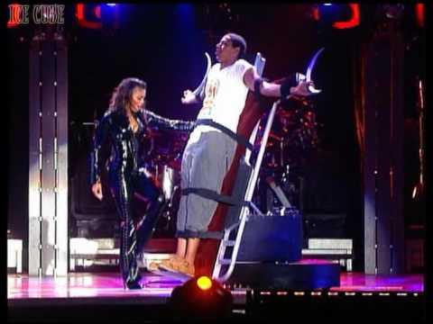 Janet Jackson Live Sex Tease On Stage