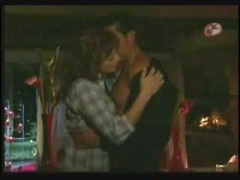 Fernanda y Franco Eduardo hacen el amor por primera vez