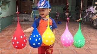 Finger Family Song Nursery Rhymes   で色を学ぶ 赤ちゃんの幼児  - 子供のための色づ - 子供 おもちゃ