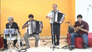 Awara Hoon on Accordion and Mandolin by Goldfingers Group of Pune