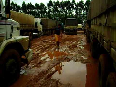Veja descazo com motorista brasileiro no terminal da ALL DO BRASIL Em Alto taquari MT.