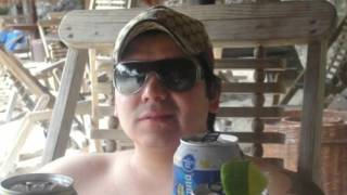 Kenny Chesney - Beer in México (Official Video)