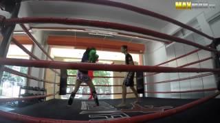 Campeona de Muay Thai se hizo pasar por una chica nerd !Y TE SORPRENDERÁ LO QUE PASÓ!