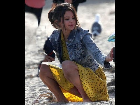 Xxx Mp4 Selena Gomez Unveils It All Upskirt Cameltoe And See Through The Clothing 3gp Sex
