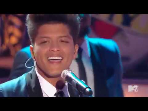 Download Bruno Mars - Valerie (Tribute to Amy Winehouse) On Musiku.PW