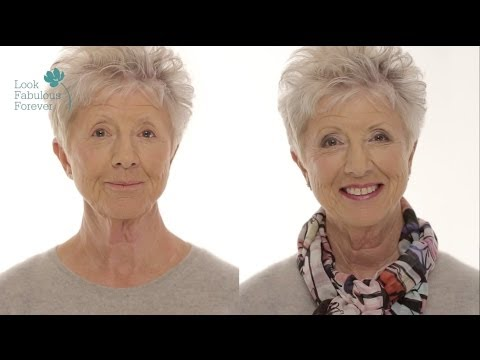 MakeUp for Older Women Define Your Eyes and Lips