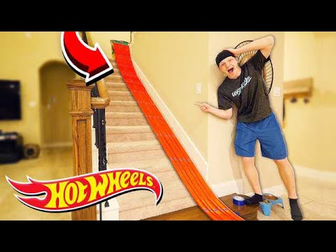 500FT HOT WHEELS TRACK AROUND MY HOUSE