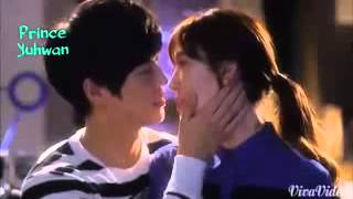 KOREAN HOT KISS