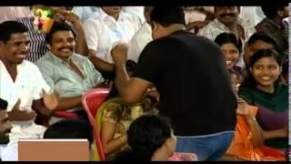 Onam Star Fiesta   Kalabhavan Mani sings 'Odanda'