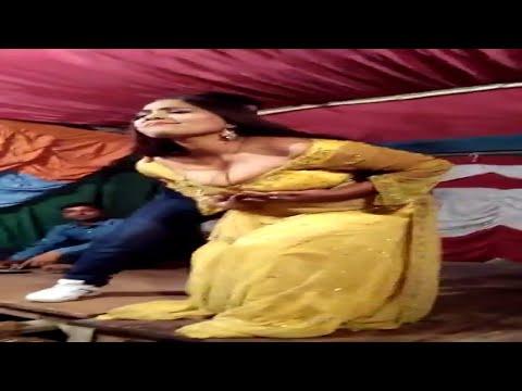 Xxx Mp4 Yad Karo Us Bagiya Ko Jis Bagiya Me Tumko Pela Tha Aisa Dekha Hoga Kabhi Arkestra Bhojpuri Song 3gp Sex