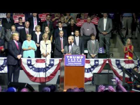 Mr. Brexit Nigel Farage Speaks at Donald Trump Rally in Jackson MS