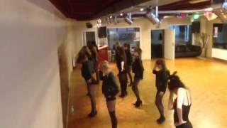 Girling Choreografie bei  michele  Cantanna