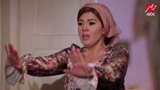 سلسال الدم - زينة تتظاهر بالجنون وتهدد والدها بالسكينة