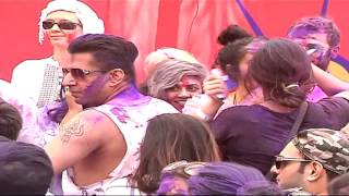 Ekta Kapoor | Box Cricket League Holi Party With Ekta Kapoor