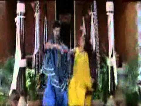 s.j.Surya catching Malavika boobs