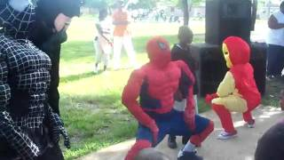 Lol: Spiderman, Batman & Ironman Get Loose At A Kids Party!