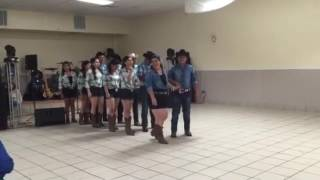 Baile sorpresa de la quinseañera de bianey