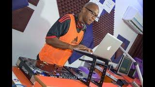 DJ JD - Kuna WATU ZAIDI ya 100 wanajaa NJE Kusubiri kuonana na Mimi / Nilimpa JINA LA PROFESSOR JAY.
