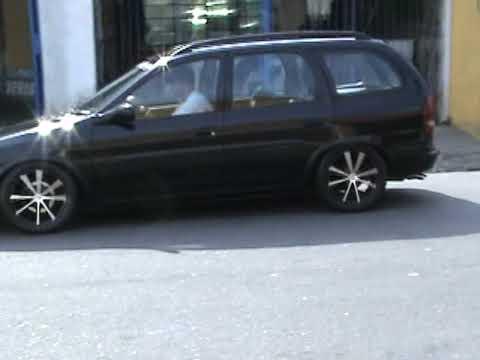 Corsa Wagon Preto