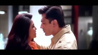 Hot Hate Story 3 kissing unseen