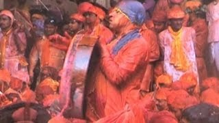 India Merayakan Festival Warna
