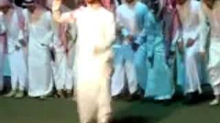 رقص خليجي على اغاني مايكل ..... ههههههههههه