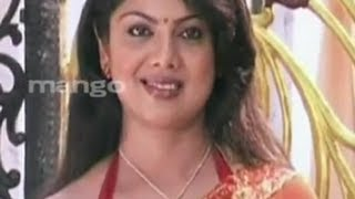 Nirmala Aunty Telugu Movie Scenes | Boy Trying to Help Swathi Varma