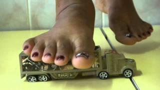 PAULA CRUSHING CARS 6 (REQUEST)