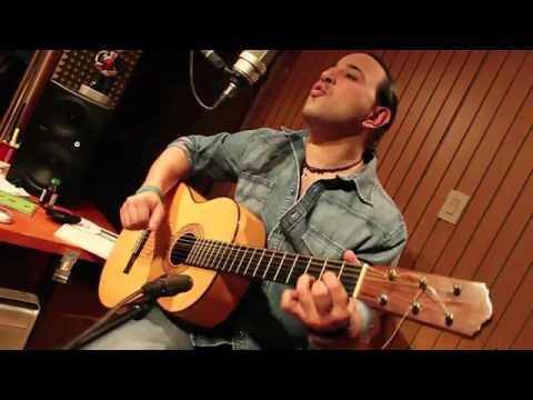 Franco de Vita Tan solo Tu Version acustica de Victor Escalona