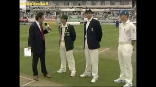 Oh Ricky......The worst moment of Ponting's captaincy- 2nd test 2005 Ashes