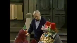 Sesame Street - The Grand High Triangle Lover Visits