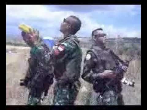 TNI Joget di Perbatasan