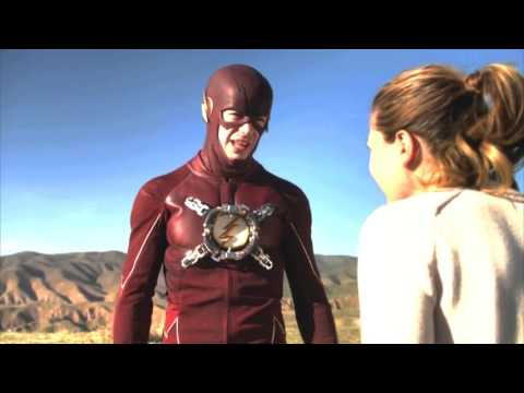 The Flash and Supergirl Crossover Funny moments Humor