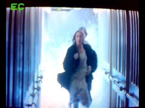 Titanic-Rose and Jack run