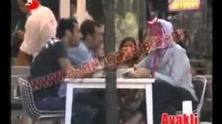 Murat Yıldırım  مراد يلدريم و والدته أثناء أجازه عيد الفطر