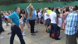 Dad nails classic dance moves at The Vamps gig at Thorpe Park at Island Beats
