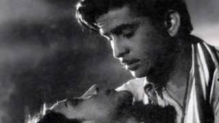 mera qarar leja mujhe beqarar kar ja...Talat -Lata -Rajinder Krishan-MadanMohan-Ashiana1952