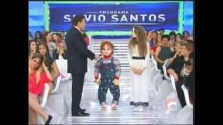 Silvio Santos conversa com Menina Fantasma e Chucky (22/12/2013)